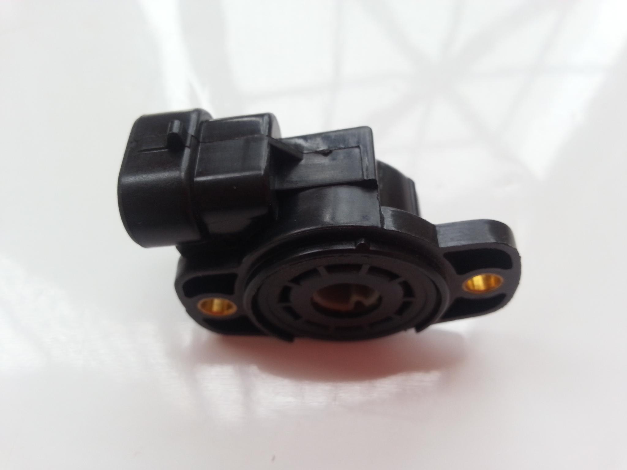 Pin Throttle Position Sensor on Throttle Position Sensor Location